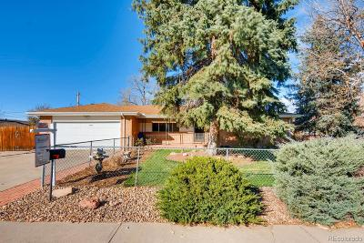 Lakewood Single Family Home Active: 6701 West Jefferson Place