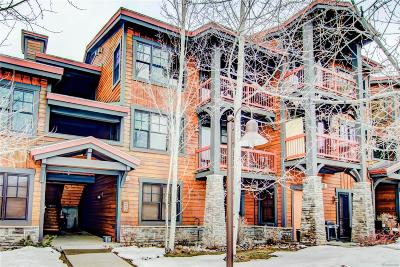 Condo/Townhouse Under Contract: 580 Anglers Drive #302