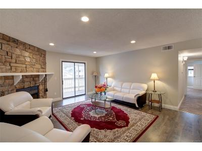 Denver Condo/Townhouse Active: 8335 Fairmount Drive #4-204