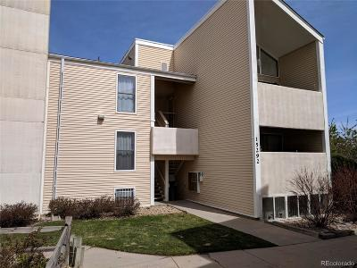 Aurora CO Condo/Townhouse Active: $152,973