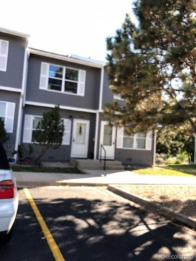 Castle Rock CO Condo/Townhouse Active: $242,000