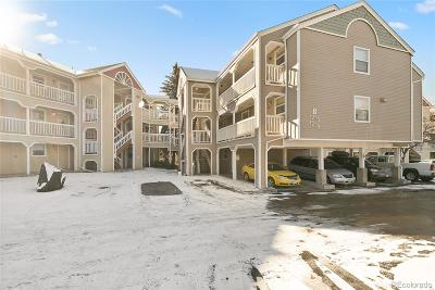 Castle Rock Condo/Townhouse Active: 1267 South Gilbert Street #302