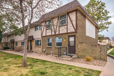Centennial Condo/Townhouse Under Contract: 4844 East Hinsdale Place