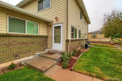 Lakewood Condo/Townhouse Active: 3354 South Flower Street #54