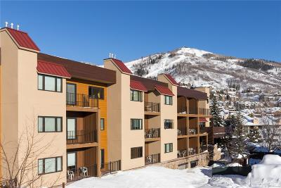 Condo/Townhouse Active: 2200 Apres Ski Way, #212