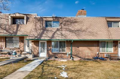 Littleton Condo/Townhouse Under Contract: 7825 West Glasgow Place