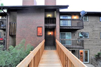 Aurora CO Condo/Townhouse Active: $157,000