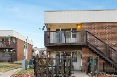 Denver CO Condo/Townhouse Active: $175,000
