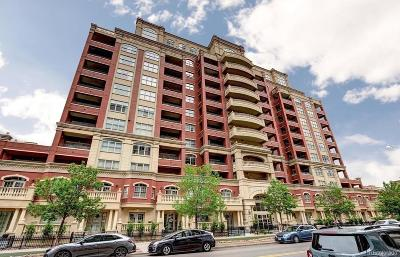 Condo/Townhouse Active: 1950 North Logan Street #701