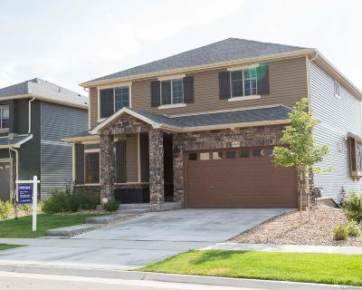 Aurora CO Single Family Home Active: $465,000