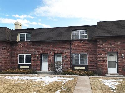 Littleton Condo/Townhouse Under Contract: 5551 South Lowell Boulevard