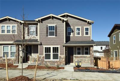 Castle Rock CO Condo/Townhouse Active: $425,000