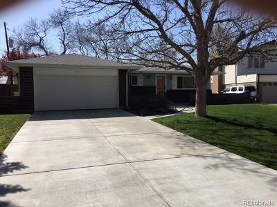 Lakewood Single Family Home Active: 991 South Holland Court