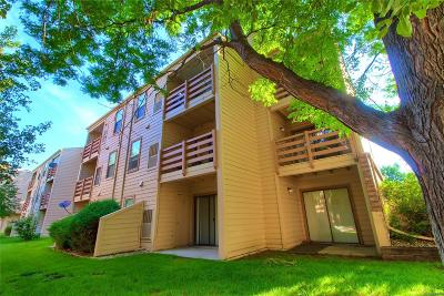 Denver Condo/Townhouse Active: 7665 East Eastman Avenue #D201