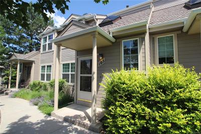 Lakewood CO Condo/Townhouse Active: $269,900