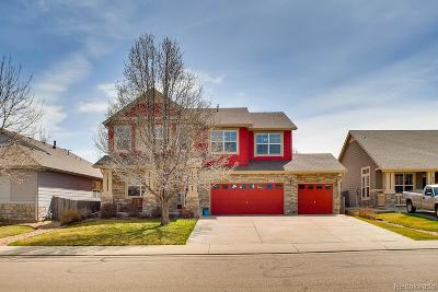 Longmont Single Family Home Under Contract: 830 Tanager Circle