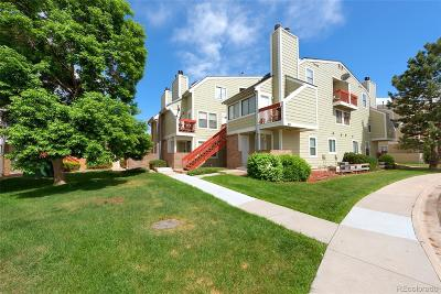 Aurora Condo/Townhouse Active: 932 South Dearborn Way #17