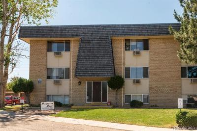 Lakewood Condo/Townhouse Active: 230 South Brentwood Street #301