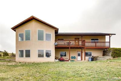 Larkspur CO Single Family Home Active: $800,000