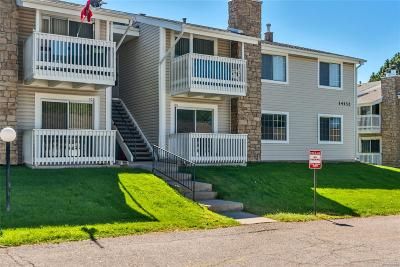 Aurora CO Condo/Townhouse Active: $185,000