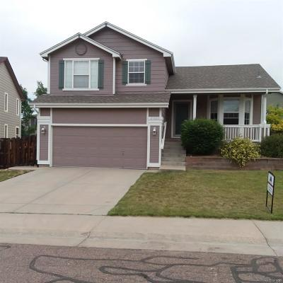 Centennial Single Family Home Active: 21825 East Berry Place