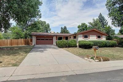 Lakewood CO Single Family Home Active: $495,000