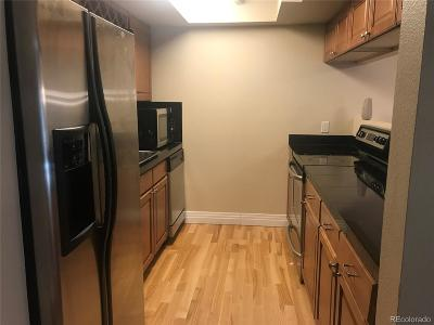 Denver CO Condo/Townhouse Active: $270,000