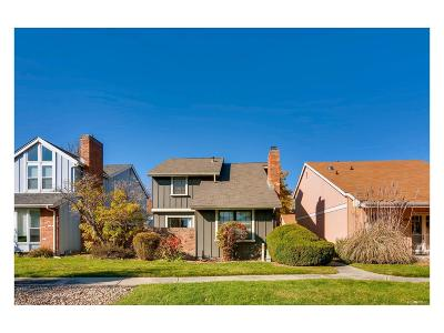 Arvada Single Family Home Active: 8682 Garrison Court