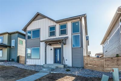 Single Family Home Active: 3039 Conquest Street