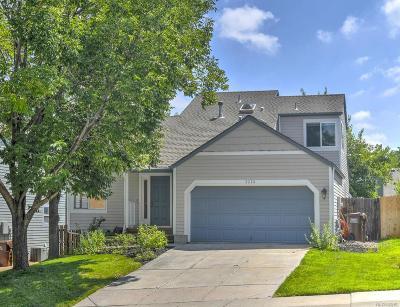 Louisville Single Family Home Active: 2228 Cliffrose Lane