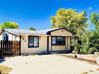 Lochbuie Single Family Home Under Contract: 121 Yakima Street