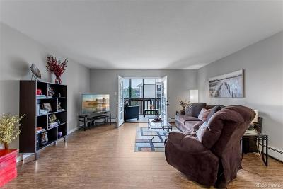Denver Condo/Townhouse Active: 6980 East Girard Avenue #404