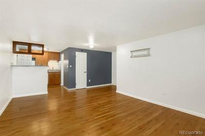 Cap Hill/Uptown, Capital Hill, Capitol Hill Condo/Townhouse Active: 830 East 11th Avenue #105