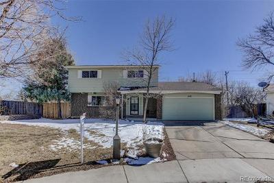 Longmont Single Family Home Active: 1648 Gillette Court