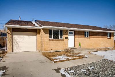 Denver Single Family Home Active: 921 Drake Street