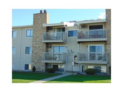 Lakewood Condo/Townhouse Active: 381 South Ames Street #B103