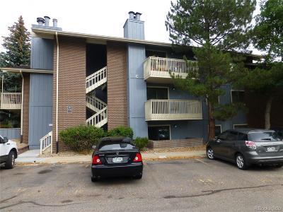 Boulder Condo/Townhouse Active: 2800 Kalmia Avenue #C-218