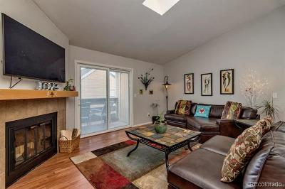 Condo/Townhouse Active: 3324 South Ammons Street #205