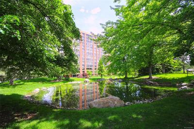 Englewood Condo/Townhouse Active: 1900 East Girard Place #701