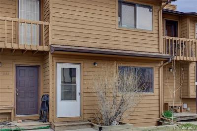 Longmont Condo/Townhouse Active: 330 Southridge Place
