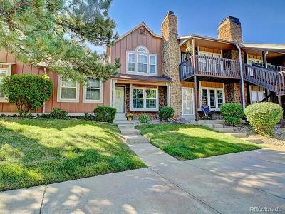 Lakewood Condo/Townhouse Active: 1214 South Flower Circle #B