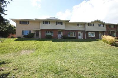 Denver Condo/Townhouse Under Contract: 9085 East Nassau Avenue