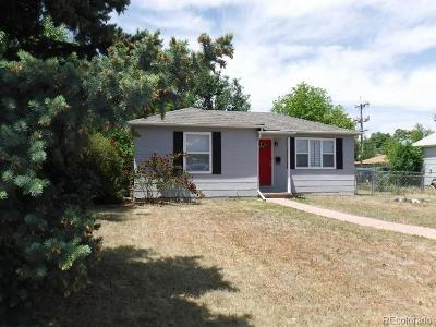 Aurora CO Single Family Home Active: $264,900