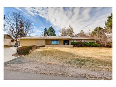 Lakewood Single Family Home Active: 2070 Willow Lane