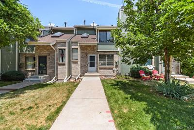 Lakewood Condo/Townhouse Active: 8737 West Cornell Avenue #5