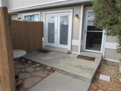 Arvada Condo/Townhouse Active: 7911 Chase Circle #162