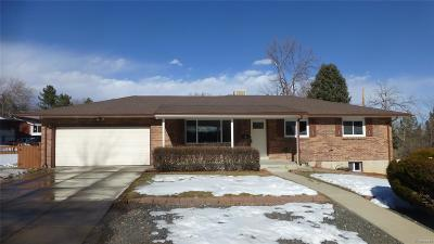 Lakewood CO Single Family Home Active: $490,000