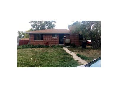Aurora, Denver Single Family Home Active: 2630 Westchester Drive