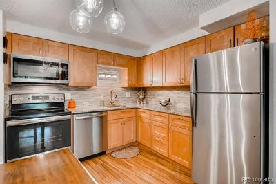 Denver Condo/Townhouse Active: 1304 South Parker Road #358