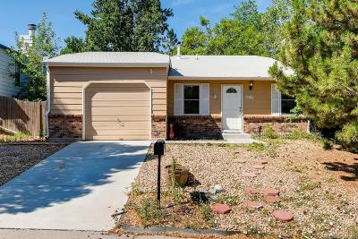 Aurora, Denver Single Family Home Active: 4823 South Pagosa Way
